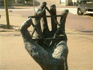 hand_640x480