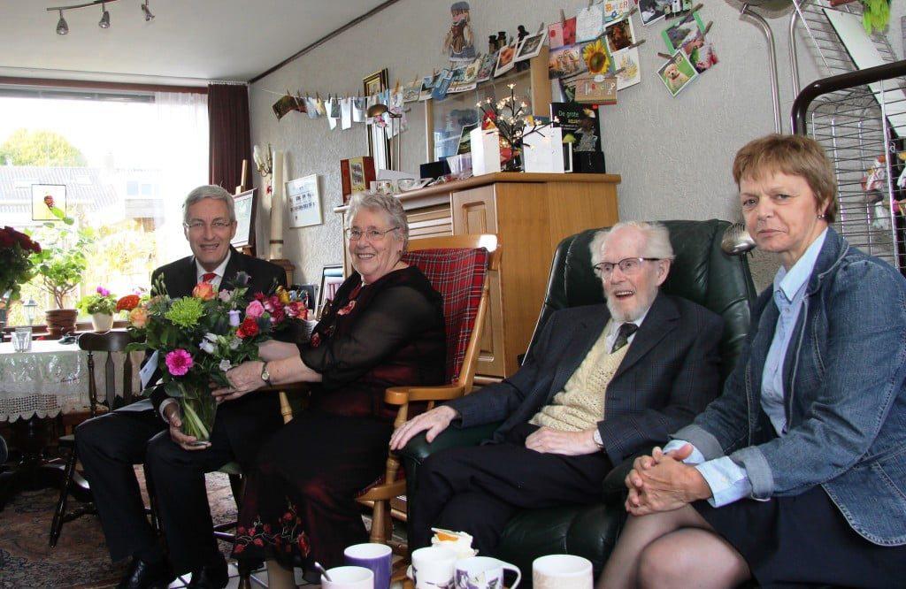 20151020 Bezoek burgemeester echtpaar Van der Gaag 60-jarig huwelijk