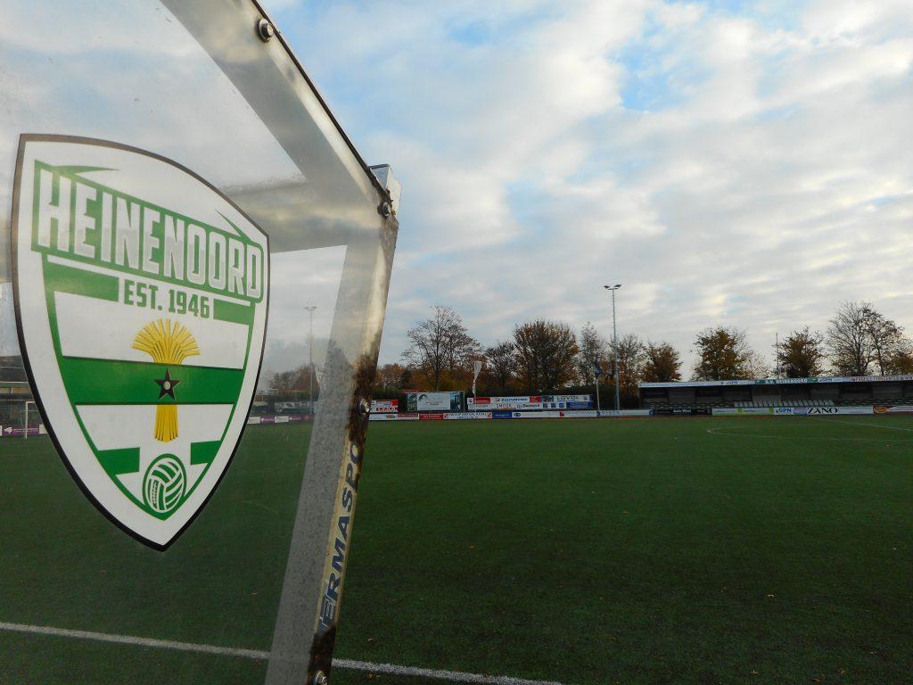 Heinenoord wint in gelijkwaardige derby tegen Strijen - Hoeksche Waard - Hoeksch Nieuws - Het laatste nieuws uit de Hoeksche Waard